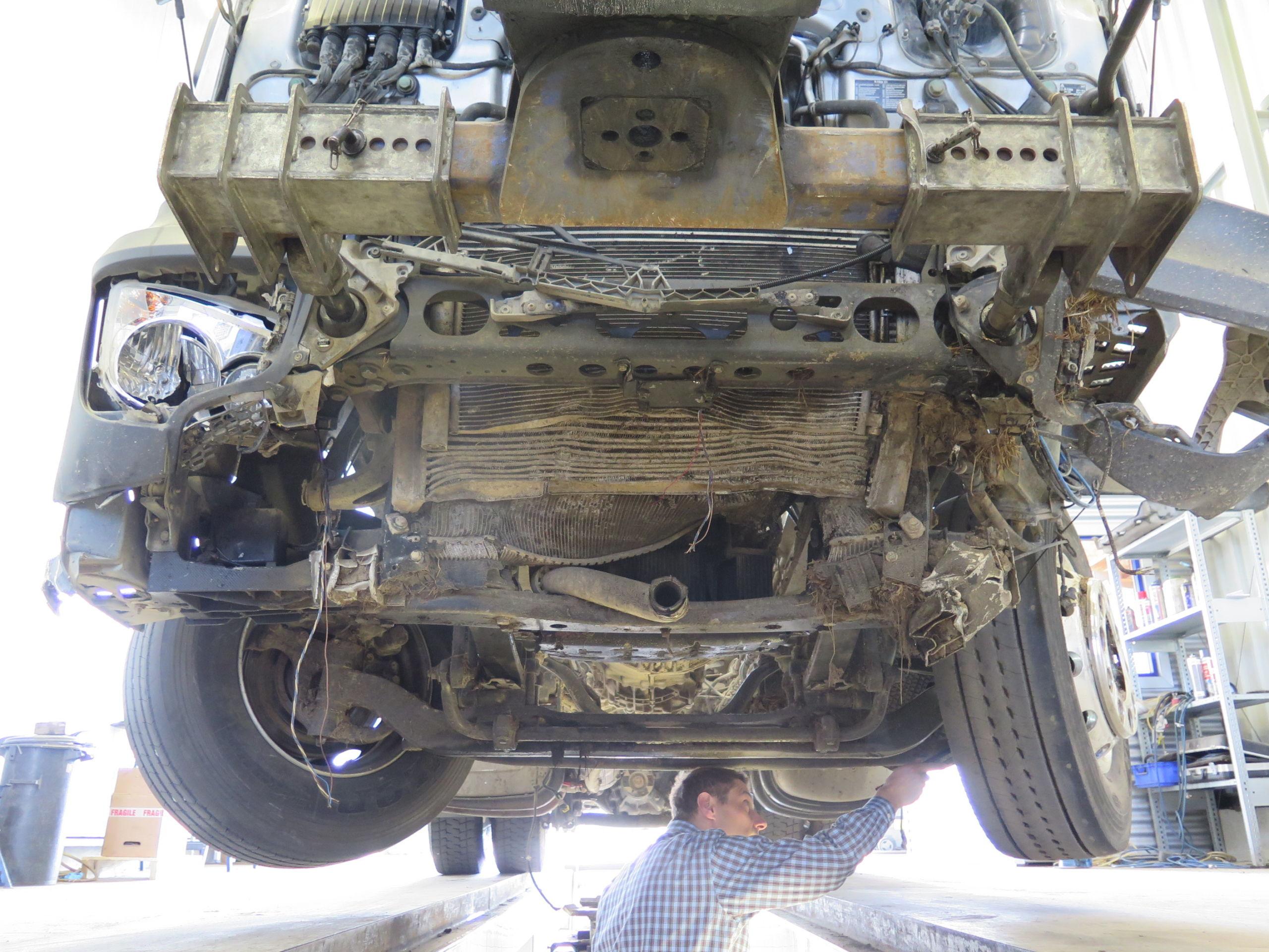 Untersuchung der Bauteile der Bremsanlage
